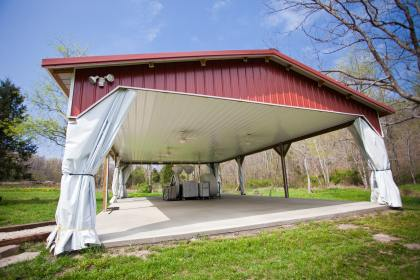 outdoor wedding pavilion Ironton MO
